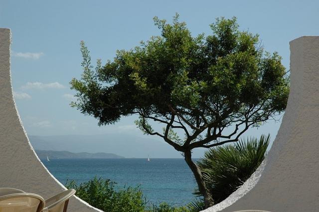 vakantie sardinie aan zee - hotel punta negra in alghero (2).jpg