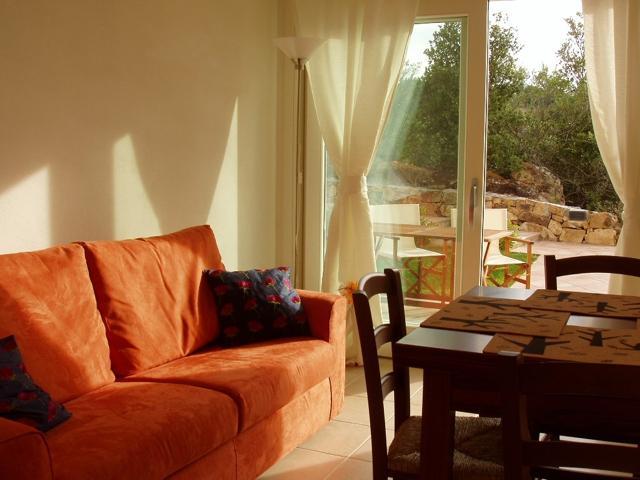 vakantie appartementen sardinie - ea bianca in baja sardinia (7).jpg