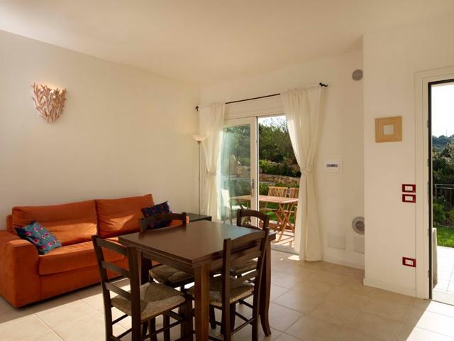 vakantie appartementen sardinie - ea bianca in baja sardinia (1).jpg