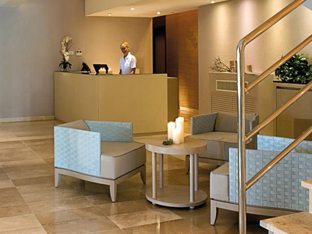 wellnesscentre grande baia resort - sardinia4all.jpg