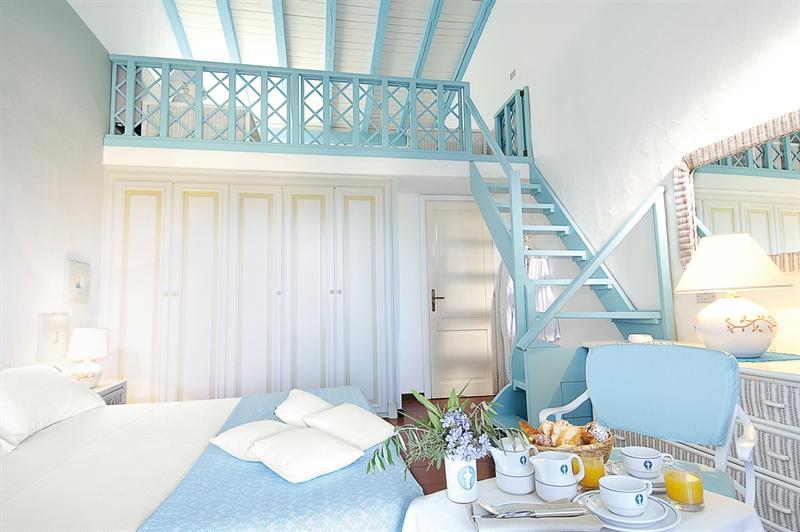 beach hotel sardinie - due lune spa en golf (3).jpg