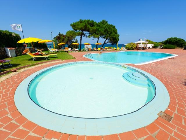 hotel sardinie aan zee - kindvriendelijk - sardinia4all (1).jpg