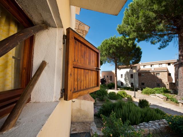 vakantie appartement sardinie - residence pineta uno - baja sardinia (11).jpg