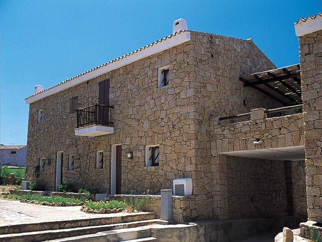 vakantie appartement sardinie - residence pineta uno - baja sardinia (6).jpg