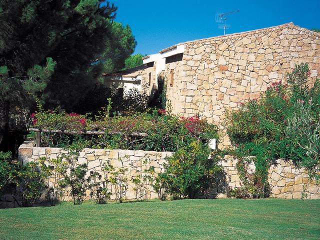 vakantie appartement sardinie - residence pineta uno - baja sardinia (3).jpg