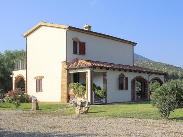 vakantiehuis sardinie - villa ulivo met zwembad - alghero (1).jpg