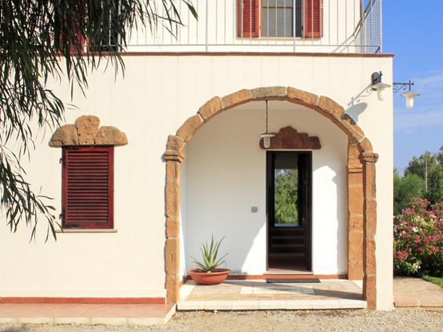 vakantiehuis sardinie - villa ulivo met zwembad - alghero (3).jpg