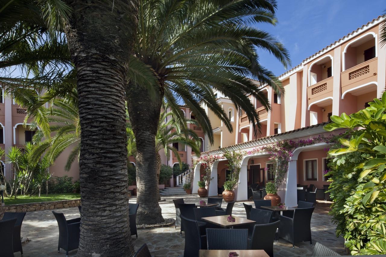 sardinie - hotel resort cala ginepro in orosei (1).jpg