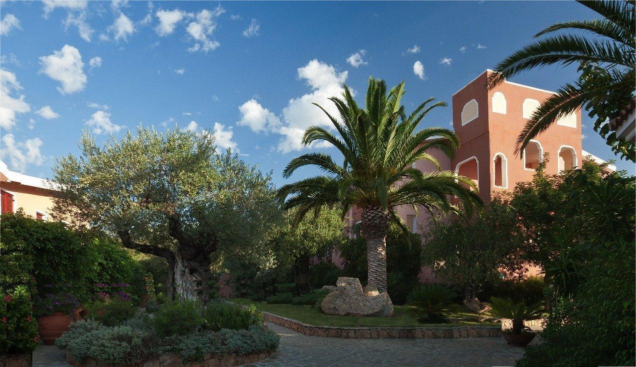 hotel sardinie orosei - resort cala ginepro - oost sardinie (5).jpg