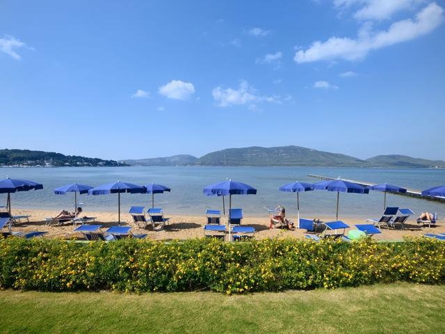 hotel sardinie aan zee - hotel corte rosada in alghero (9).jpg
