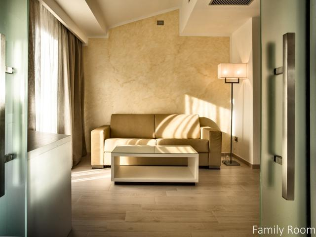familiekamer in luxe hotel sardinie - ma en ma resort (2).jpg
