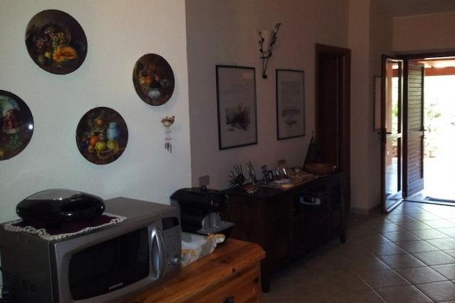 sardinie - vakantie appartementen la pineta aan zee in zuid sardinie (6).jpg