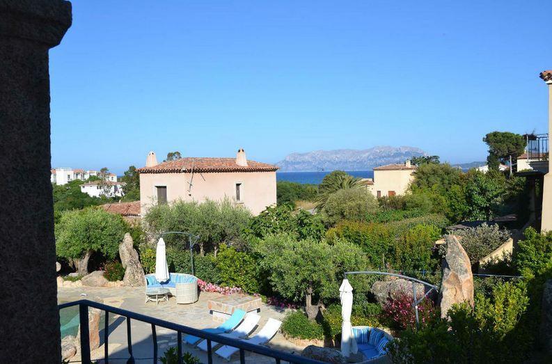 vakantiehuis sardinie aan zee en met zwembad- sardinia4all (6).jpg