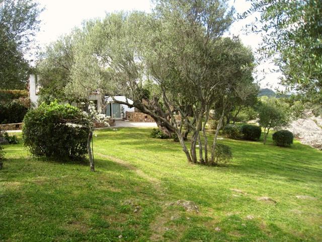 bijzonder overnachten op sardinia - agri boerderij le tre pietre (1).jpg