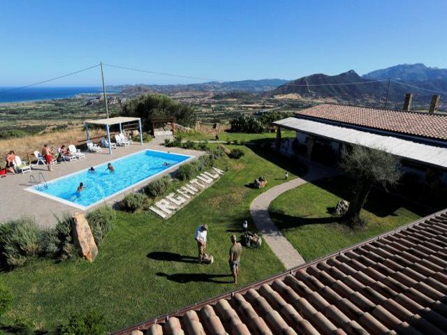 agriturismo sardinie met zwembad aan de golfo di orosei - sardinia4all (1).jpg