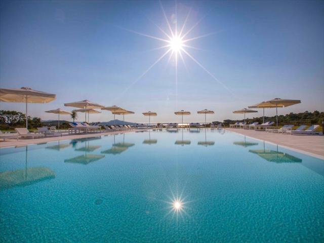 paradise resort - luxe hotelvakantie  sardinie.jpg