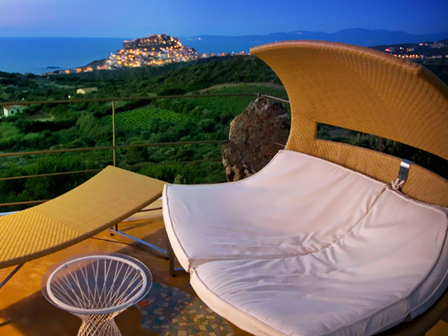 resort-hotel-castelsardo-sardinie-bajaloglia.png