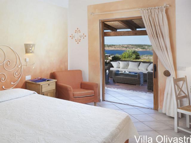 villa-sardinie-torreruja-isola-rossa-olivastri-05 (4).png
