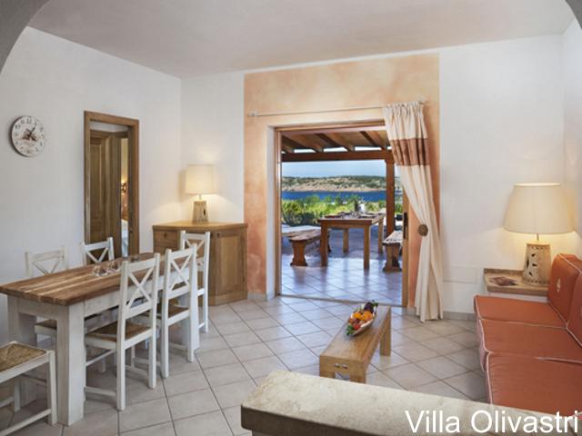 villa-torre-isola-rossa-sardinie-olivastri-01 (1).png