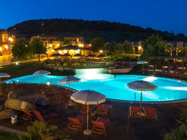 appartementen-sincantu-resorts-villasimius-sardinie.jpg