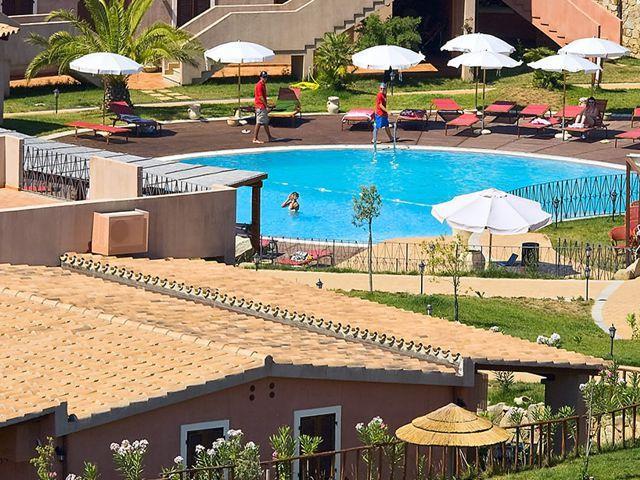 appartement-sardinie-sincantu-resort-sardinie (4).jpg