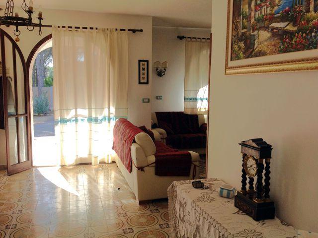 vakantiehuis-sardinie-aan-zee--villa-elicrisio (1).jpg