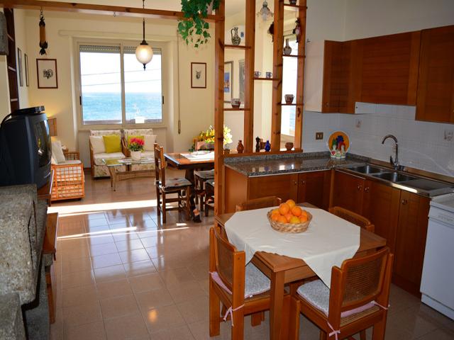 10-persoons-vakantiehuis-sardinie-sardinia4all