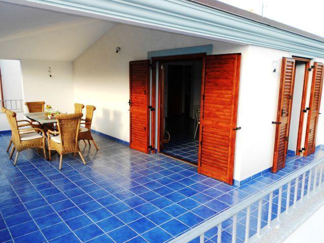 sardinie-vakantie-appartement-cala-gonone (11).jpg