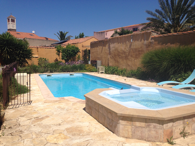 hotel-zwembad-west-sardinie-sardinia4all