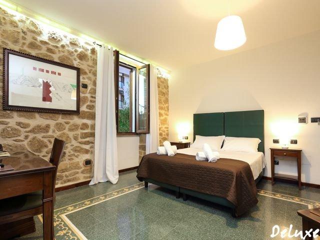 hotel-alghero-sardinie-deluxe (4).jpg