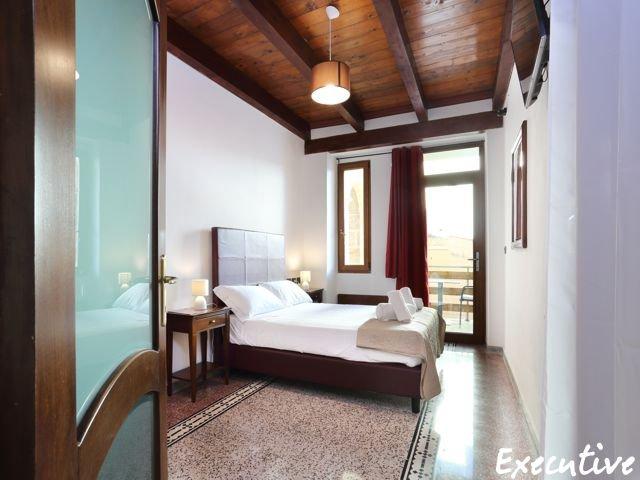 executive-room-hotel-de-charme (1).jpg