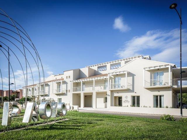appartementen residence porto san paolo in sardinie (3).jpg