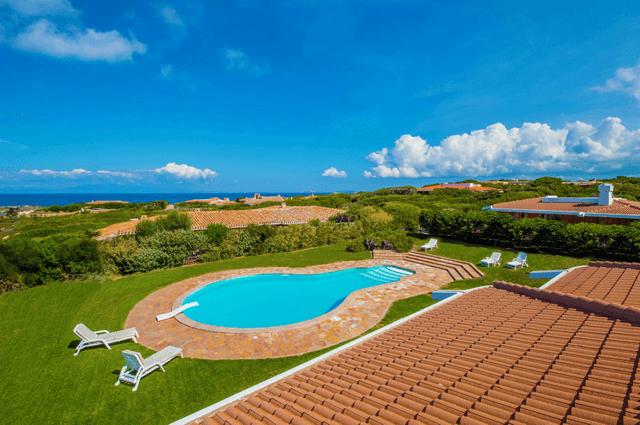 luxe vakantiehuis noord sardinie met zwembad - sardinia4all (4).png