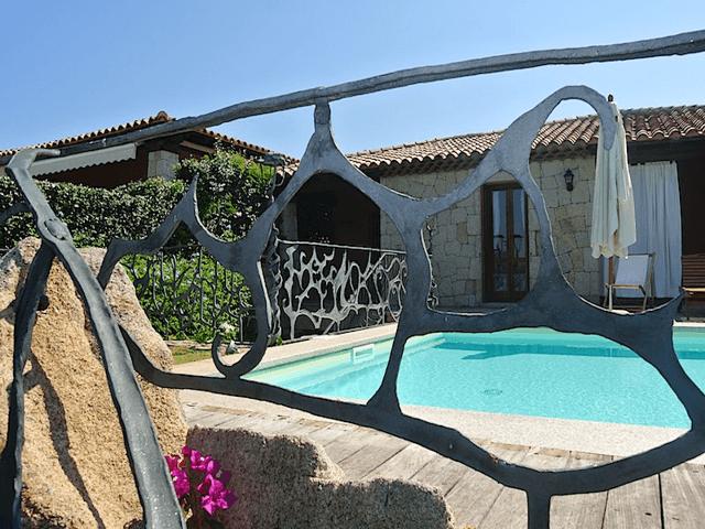 vakantiehuis-sardinie-met-zwembad (3).png