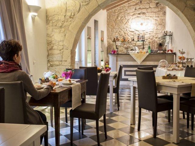 charme-hotel-sardinie-maison-tresnuraghes (11).jpg