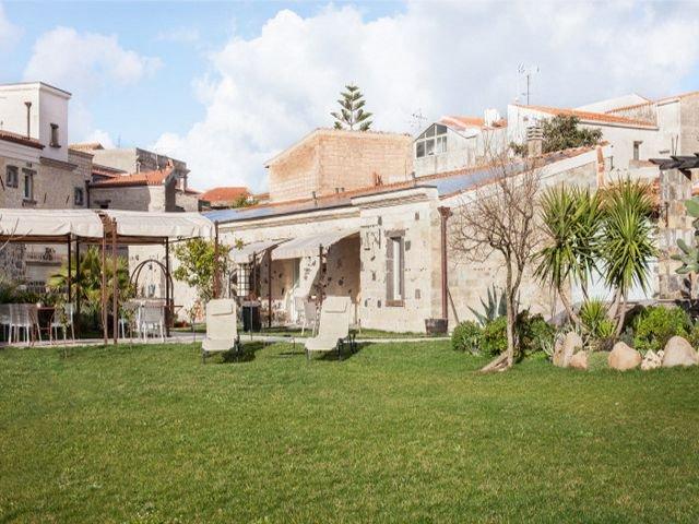 charme-hotel-sardinie-maison-tresnuraghes (3).jpg