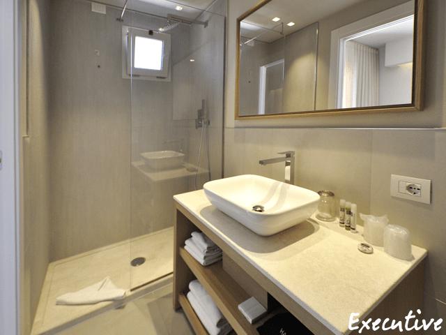executive-rooms-domu-simius-villasimius-3.png