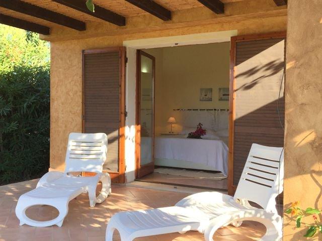 vakantiehuis sardinie - villa baia chia - villas sardinia (18).jpg