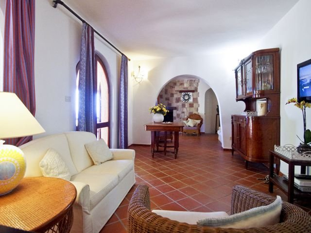 12-persoons-vakantiehuis-sardinie-sardinia4all (6).jpg