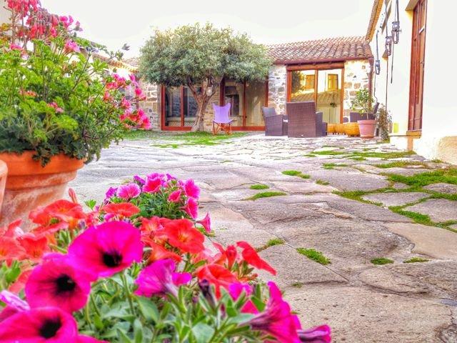 sardinie - il borgo dell'arcangelo - sardinia4all (4).jpg