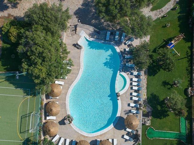 club-hotel-residence-i-ginepri-cala-gonone-sardinie2.jpg
