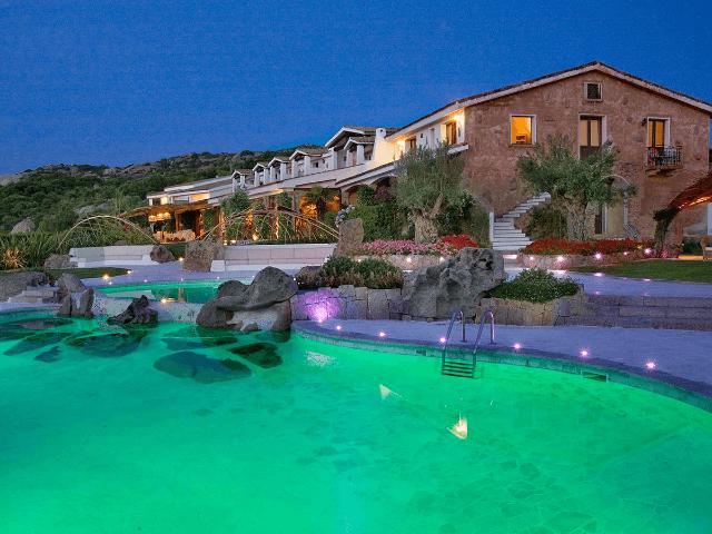 hotel-pulicinu-baja-sardinia-sardinia4all (1).png