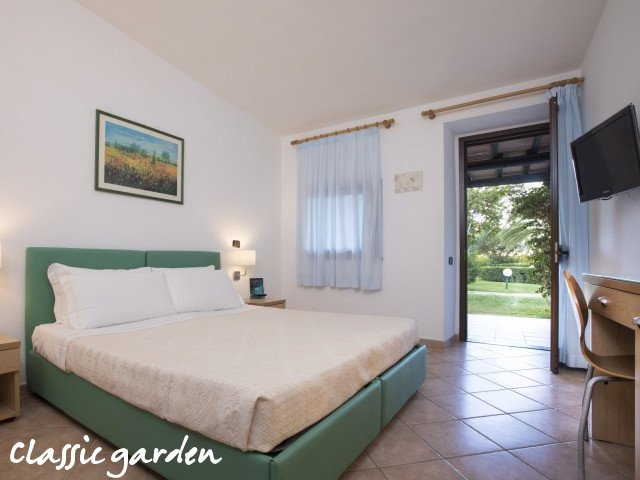 hotel cormoran classic tuin 3.jpg