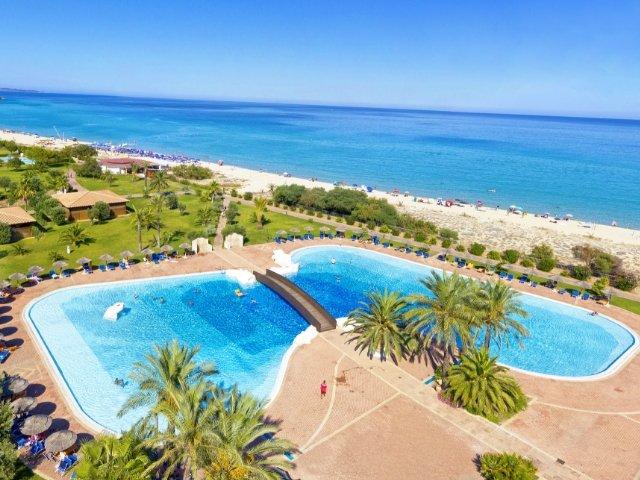 garden-beach-hotel-cala-sinzias-sardinie (15).jpg
