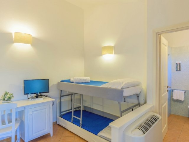 garden-beach-hotel-cala-sinzias-sardinie (1).jpg
