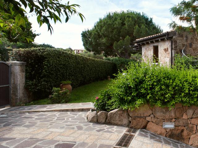 villa maresol capo coda cavallo sardinien (1).png