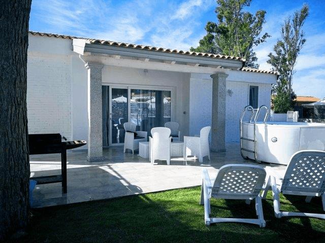villa ikabana - vakantiehuis porto pino (12).png