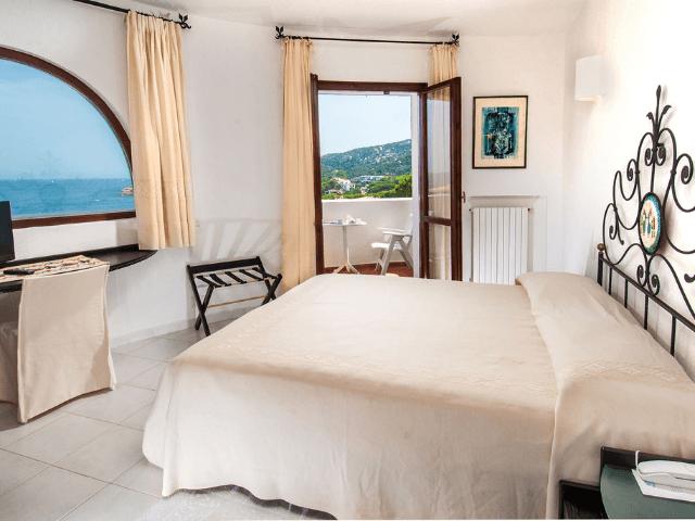 hotel-baja-sardinia-hotel-punta-est (5).png
