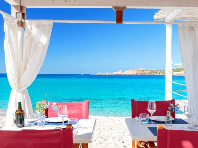 hotel-isola rossa-sardinie (3).png