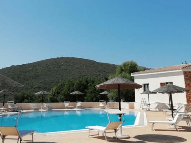 kleinschalig appartementen complex sardinie - villa antonina (18).png